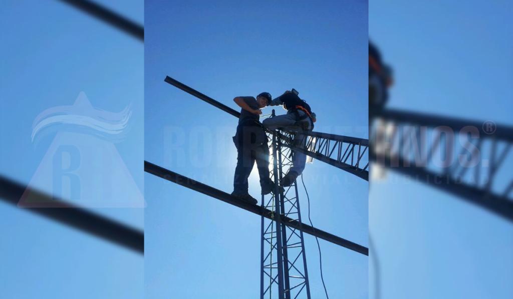 Construcción y/o mantenimiento de estructuras metálicas